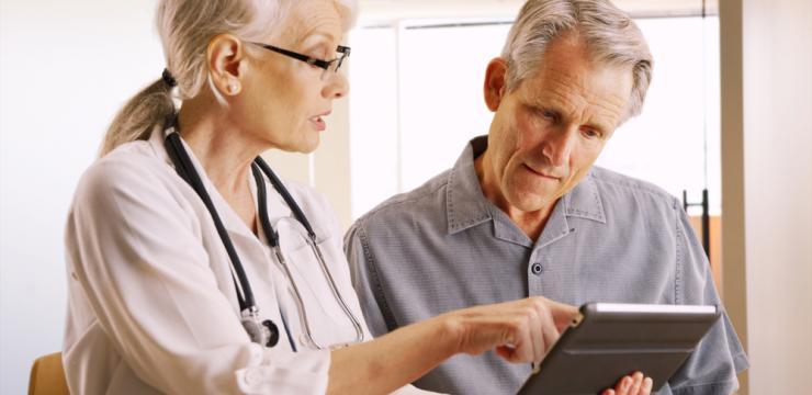 Wenn Sie siebzig oder älter sind, sollten Sie kein Aspirin® zur Vorbeugung einer atherosklerotischen koronaren Herzerkrankung nehmen – auch nicht in geringer Dosis.